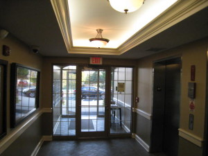 Condominium-Foyer-Buffalo-Grove-IL-4